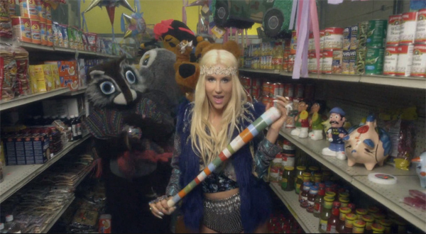 Kesha-CMon